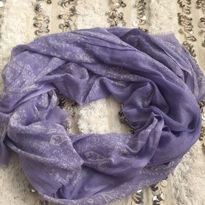 Banana republic Lauren paisley lilac scarf